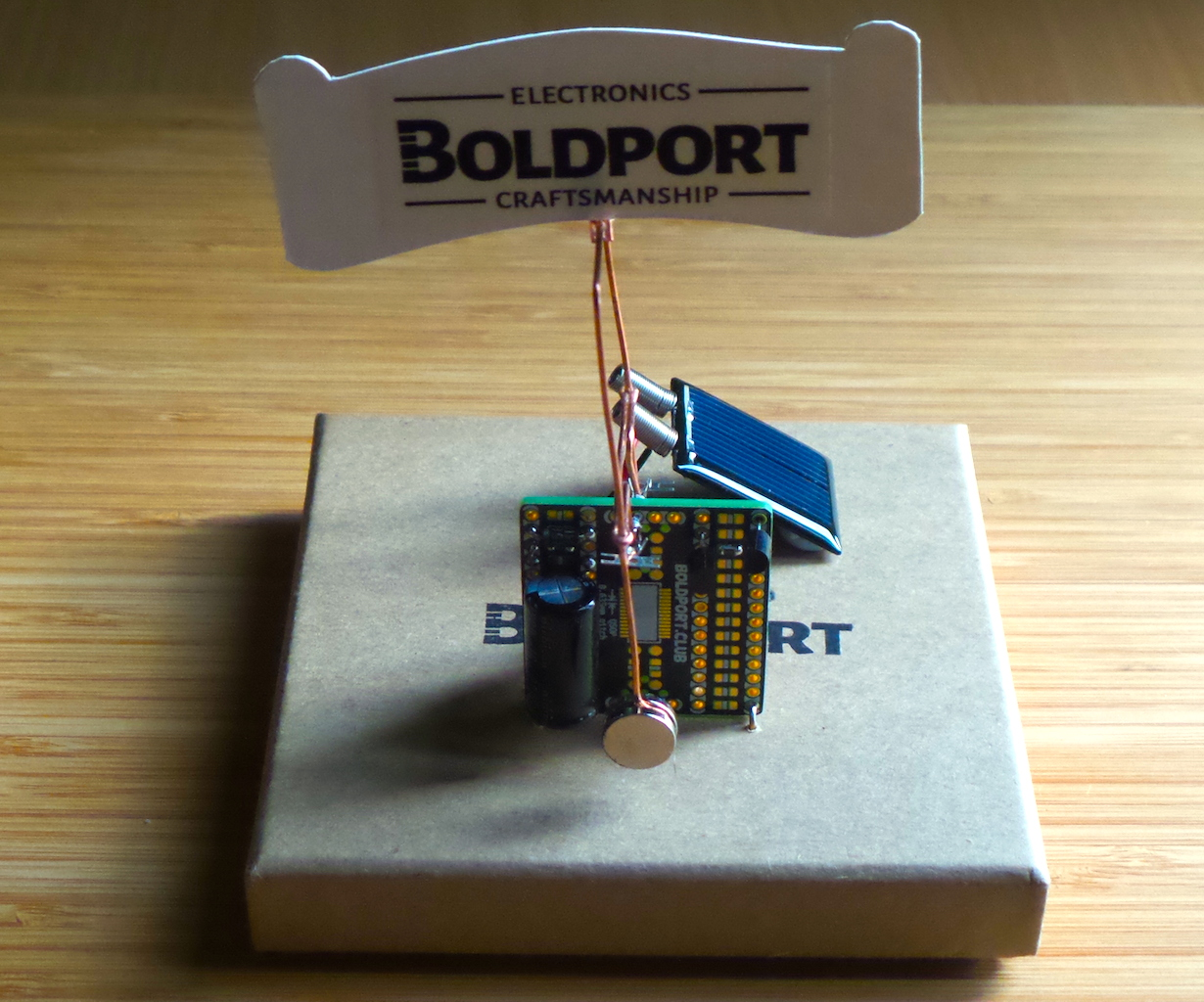 LEAP#296: flying the #BoldportClub flag on a solar pendulum